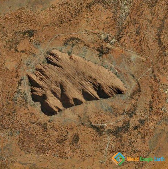 Ayers Rock, or Uluru, Uluru-Kata Tjuta National Park, Uluru, Northern Territory, Australia