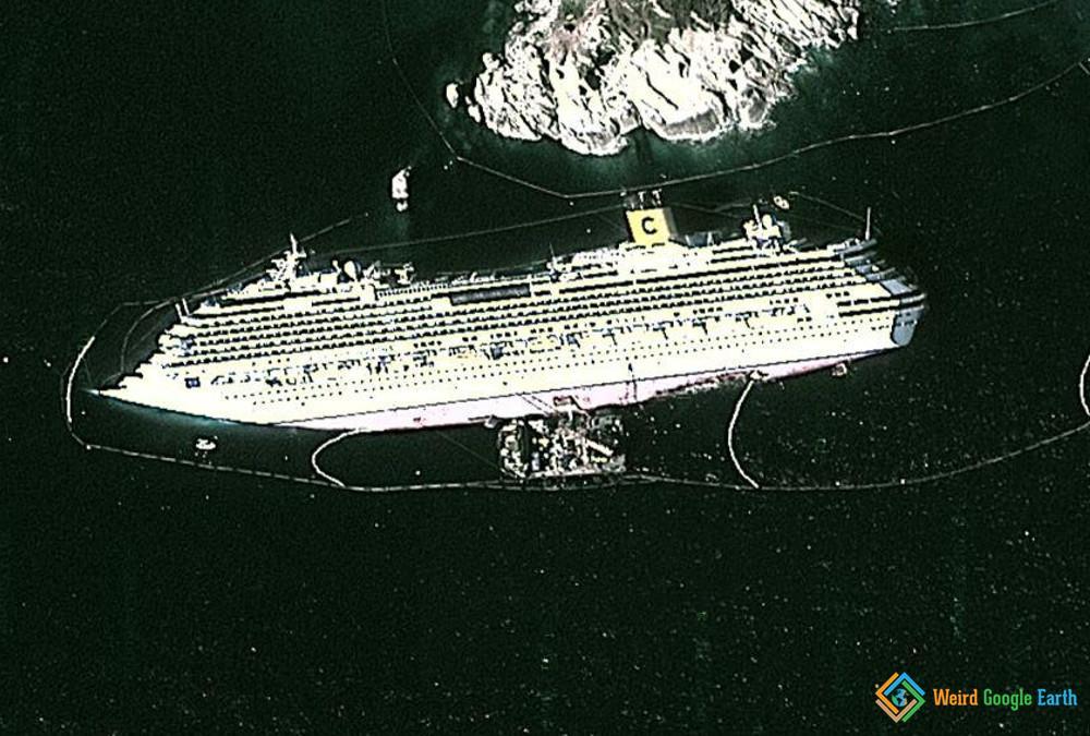 Costa Concordia, Giglio Porto GR, Italy