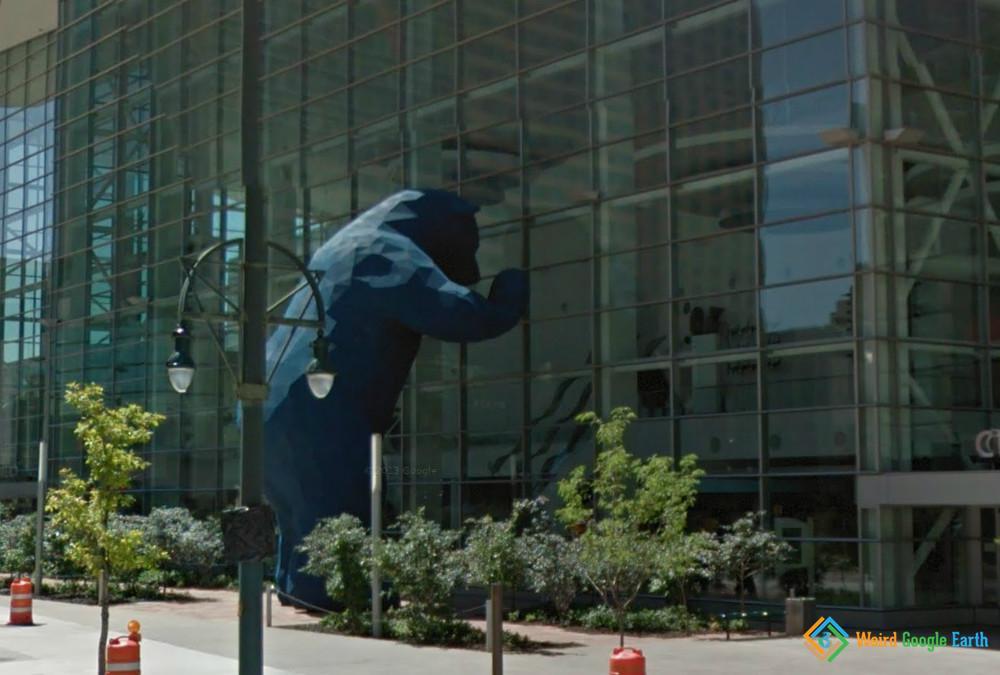 Big Blue Bear, Denver, Colorado, USA