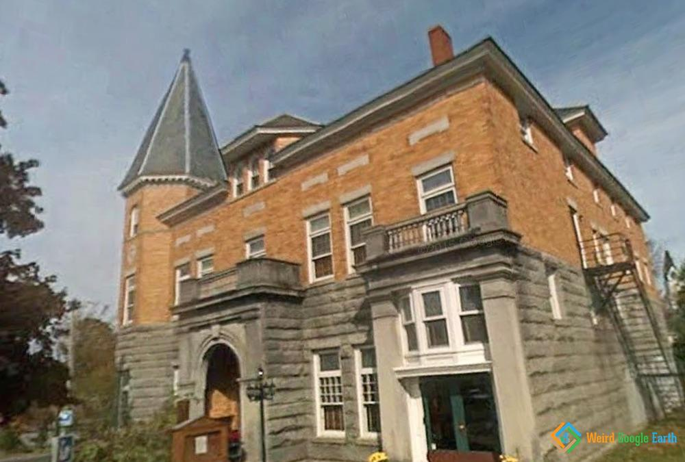 Haskell Opera House, Derby, Vermont, USA / Stanstead, Quebec, Canada