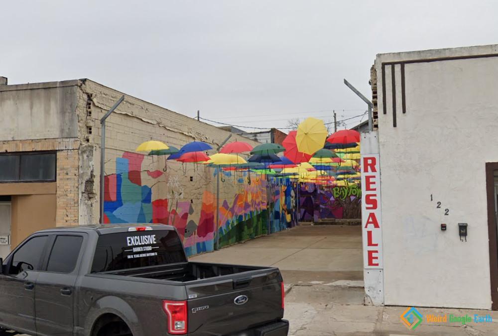 Umbrella Alley, Baytown, Texas, United States