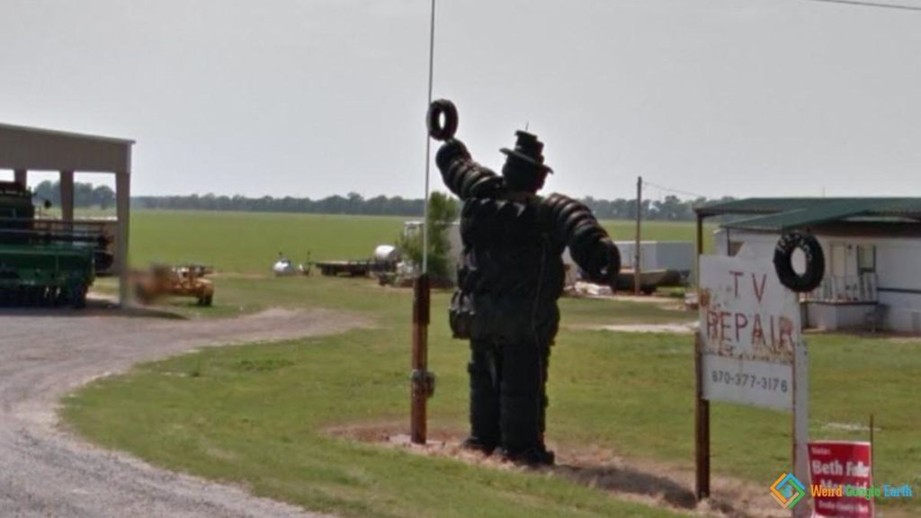 Tire Man, Dumas, Arkansas, USA