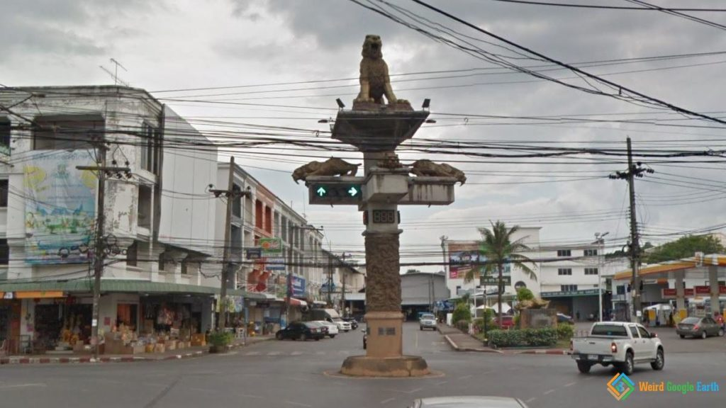Traffic Lights with Tiger Statue, Krabi, Thailand